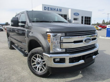 2018 Ford Super Duty F-350 Lariat Crewcab 4x4 w/ Navigation - Diesel!