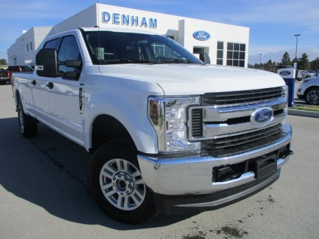 2018 Ford Super Duty F-350 XLT Crewcab 4x4 - Gas!