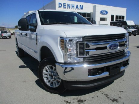 2018 Ford Super Duty F-350 XLT Crewcab 4x4 w/ Box Liner - Diesel!