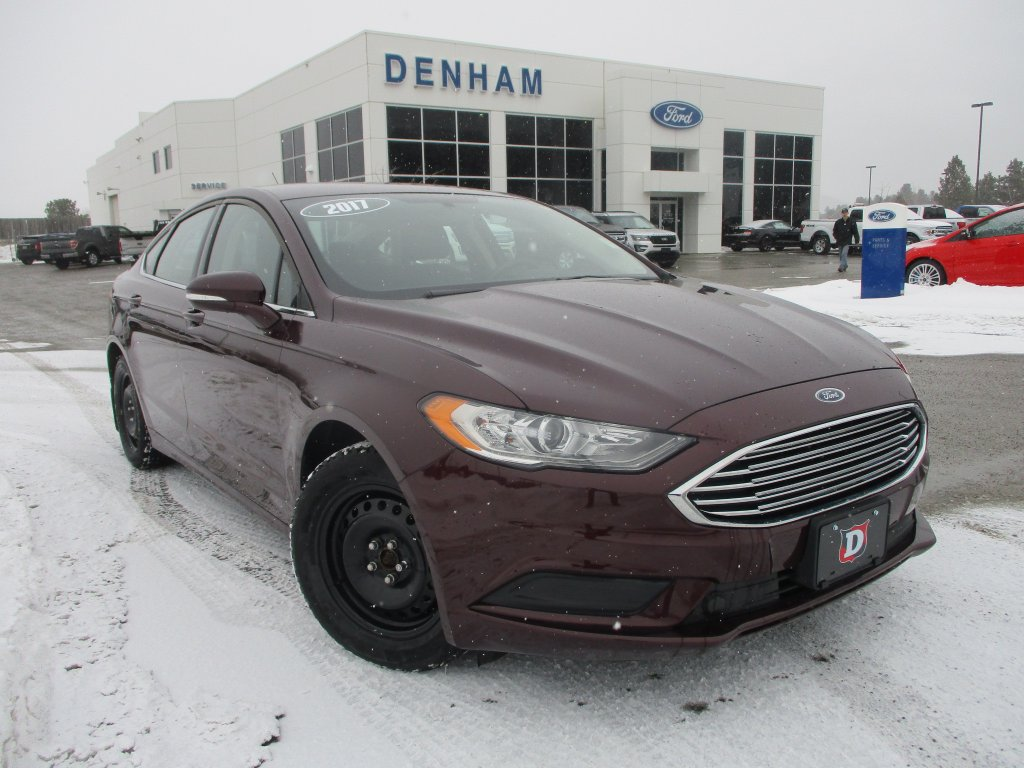 2017 Ford Fusion SE w/ Winter Package (P2445) Main Image