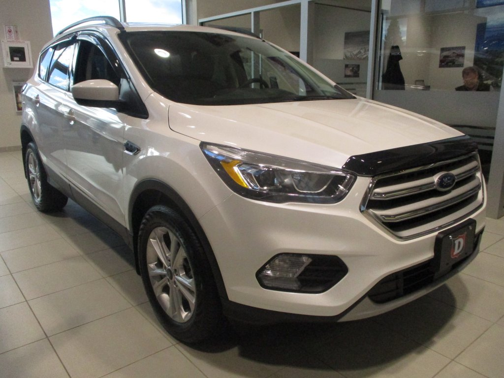 2018 Ford Escape SEL AWD w/ Canadian Touring Package! (DT8820) Main Image