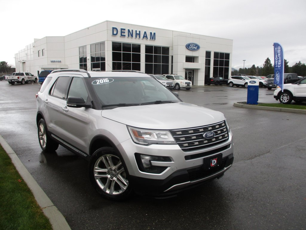 2016 Ford Explorer XLT 4X4 w/ Moonroof & Navigation (T8886A) Main Image
