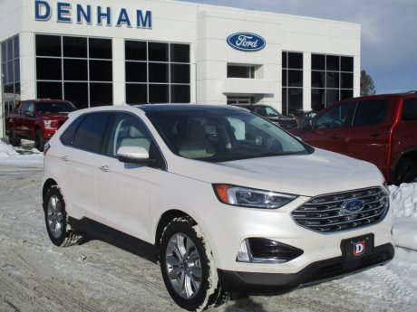 2019 Ford Edge Titanium AWD w/ Panoramic Roof & Cold Weather Pkg!