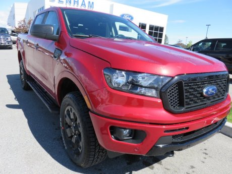 2020 Ford Ranger XLT Crewcab 4x4 w/ Black Appearance Package!