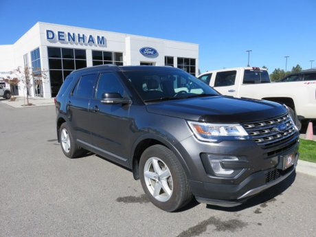 2017 Ford Explorer XLT 4x4 w/ Leather