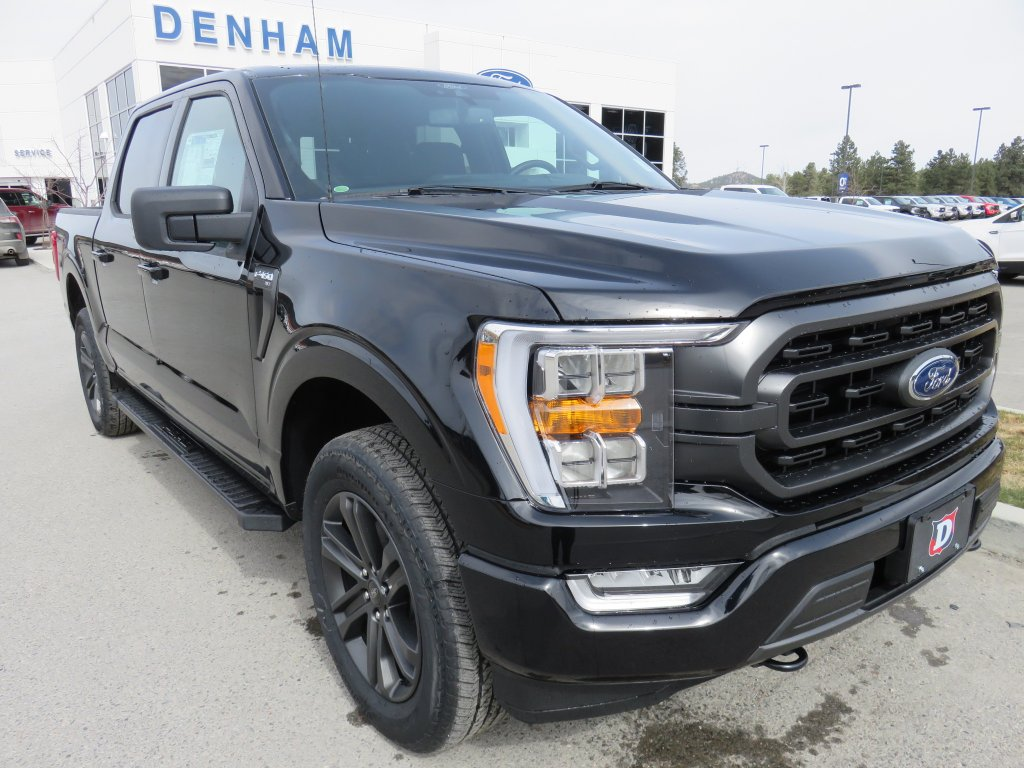 2021 Ford F-150 XLT Supercrew 4x4 w/ Sport Package - 2.7L Ecoboost! (DT21149) Main Image